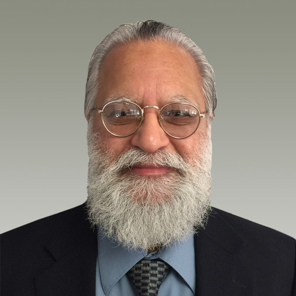 a headshot of Tejinder Ghuman
